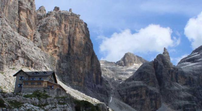 The great mountains have the value of the men who go up .. from 966 euros!